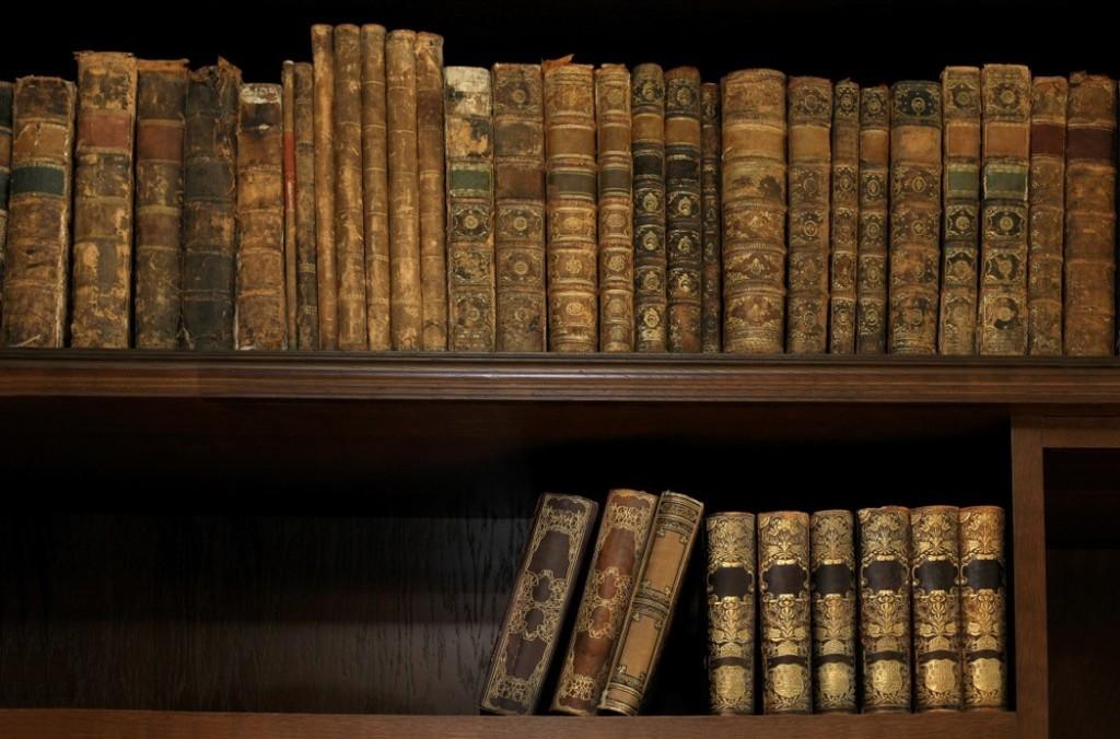 mcm-books